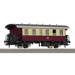 Roco 54334 - 2nd class passenger carriage, DR, HO