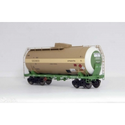 Onega 4-axle tank wagon for methanol, model 15-1610-0201, HO