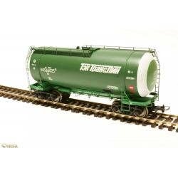 Onega 4-axle tank wagon for gasoline, model 15-1447-0004, HO