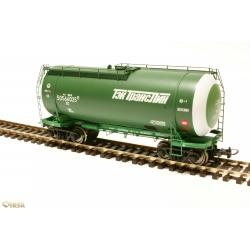 Onega 4-axle tank wagon for gasoline, model 15-1447-0004, HO