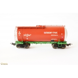 Onega 15-1447-0005 4-axle tank wagon for gasoline, HO