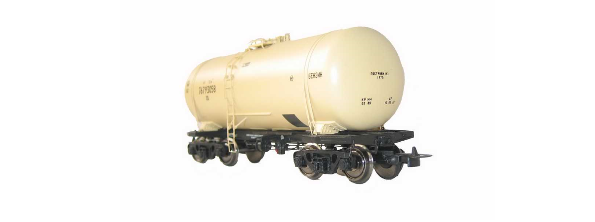 Onega 4-axle tank wagon for petroleum products, model 15-1443-0001