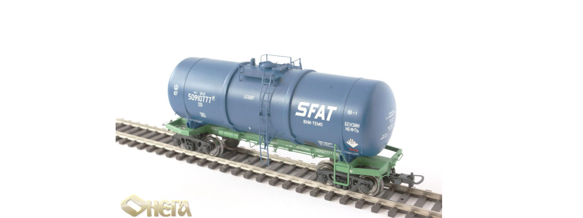Onega 4-axle tank wagon for viscous petroleum products with UNI-TEMP system of a warming up of cargoes, model 15-1443-1001, HO