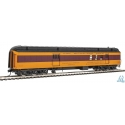 Post Office - Baggage Car HO - 70' Heavyweight - Milwaukee Road - Walthers 920-17405