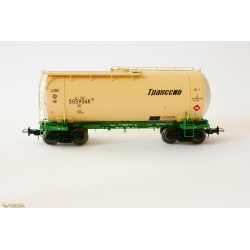 Onega 4-axle tank wagon for gasoline, model 15-1447-0002, HO